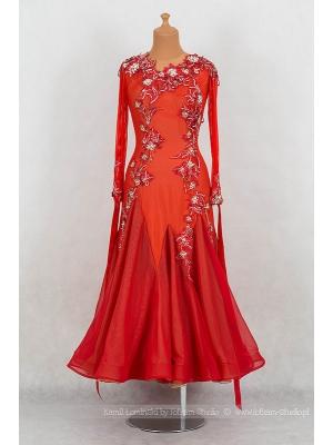 Suknie na sprzedaż